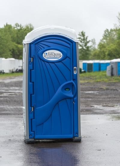 Buy Porta Potty >> Porta Potty Portable Toilet For Rent United Rentals