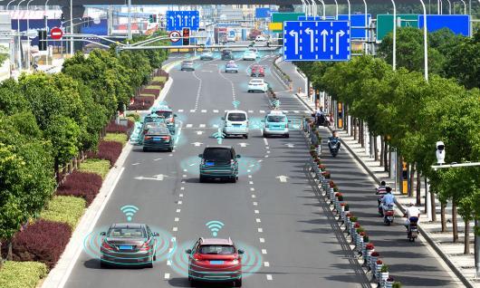 Comment 8 villes ont ouvert la voie aux véhicules autonomes
