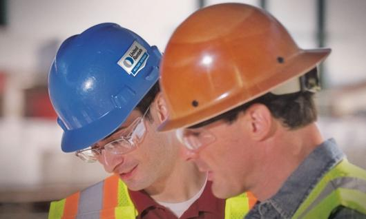 10 Tips for Using a Hard Hat Correctly